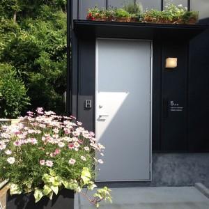 entrance05